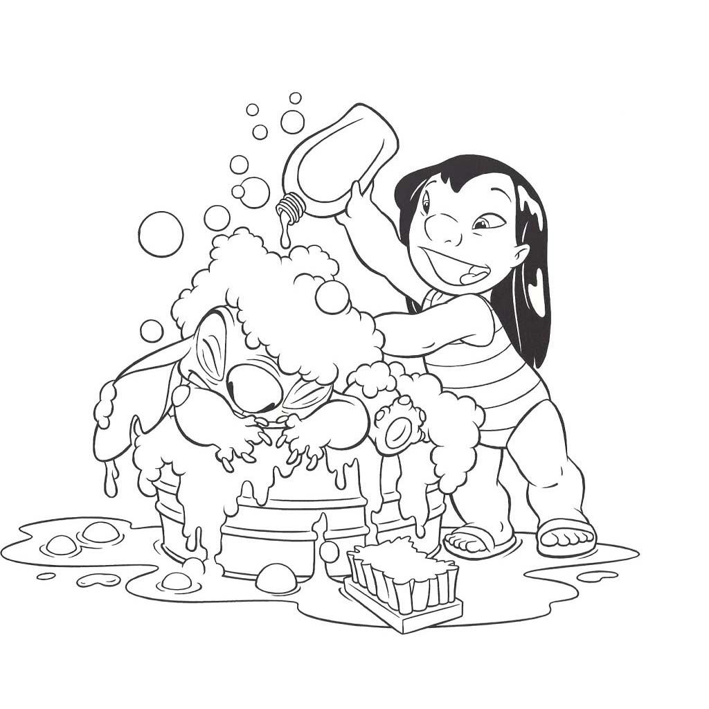 Ariane dando e brincando com o cuzinho